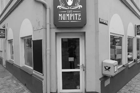 zu/geschlossen: Mareike and the cake - Kiel Cafe Mumpitzzu Vorschau
