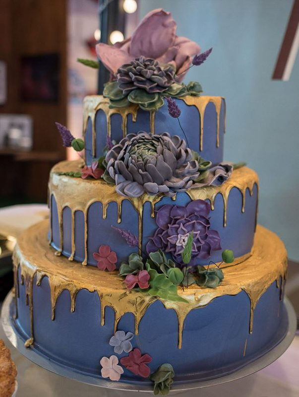 zu/geschlossen: Mareike and the cake - Mareike and the cake