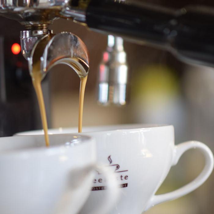 Kiel-Cafe-Fruehstueck - kaffeekueste laboe kiel