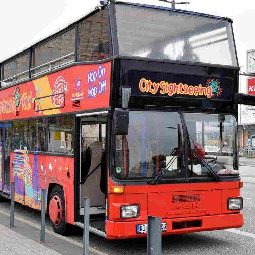 Kiel-Cafe-Fruehstueck - kiel sightseeing doppeldecker hop on bus
