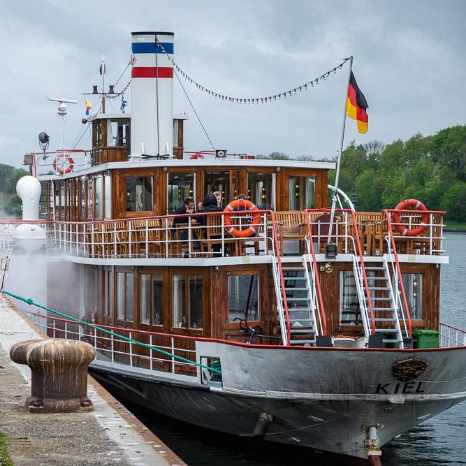Kiel-Cafe-Fruehstueck - sightseeing kiel bild